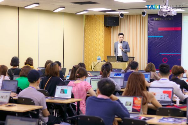 Tiktok K3 với hơn 70 học viên